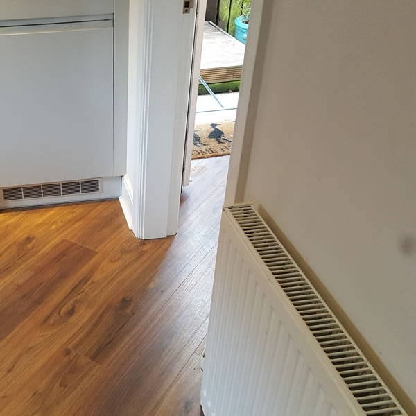 Diagonal Laminate Floor Fitting